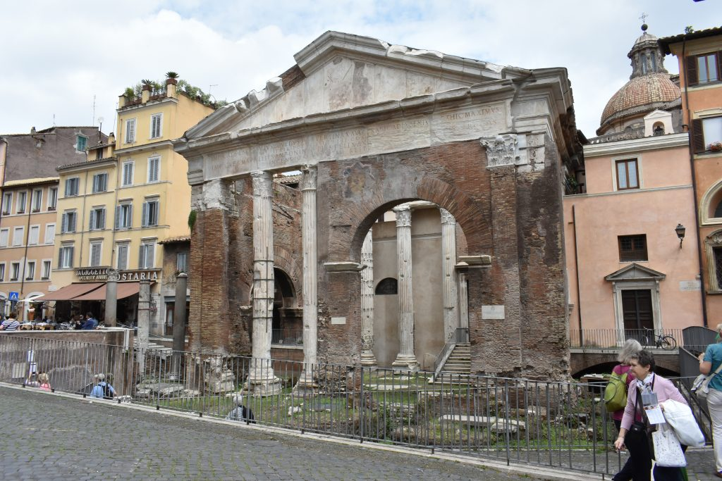 What to see in Jewish Ghetto Rome like the Portico of Ottavia