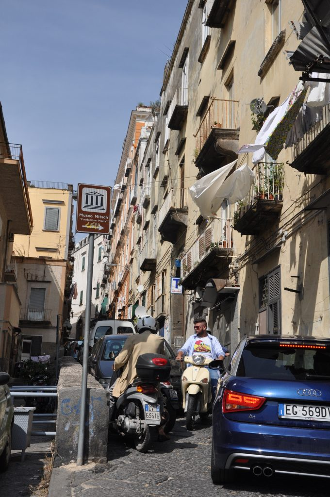 A narrow street in Italy — driving tips in Italy
